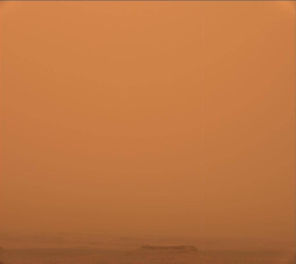 Марсианская пылевая буря стала глобальной