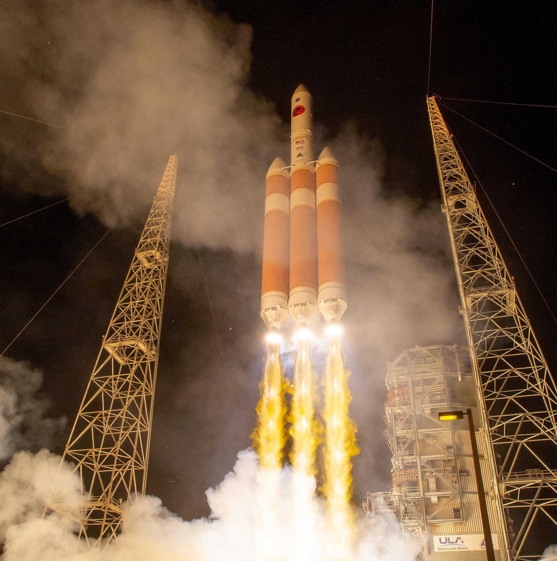 nasa probe launch - 990×996
