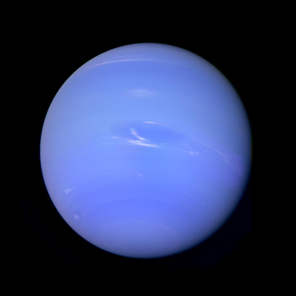 https://universemagazine.com/wp-content/uploads/2019/08/Neptune_-_August_20_1989_30686826283.jpg