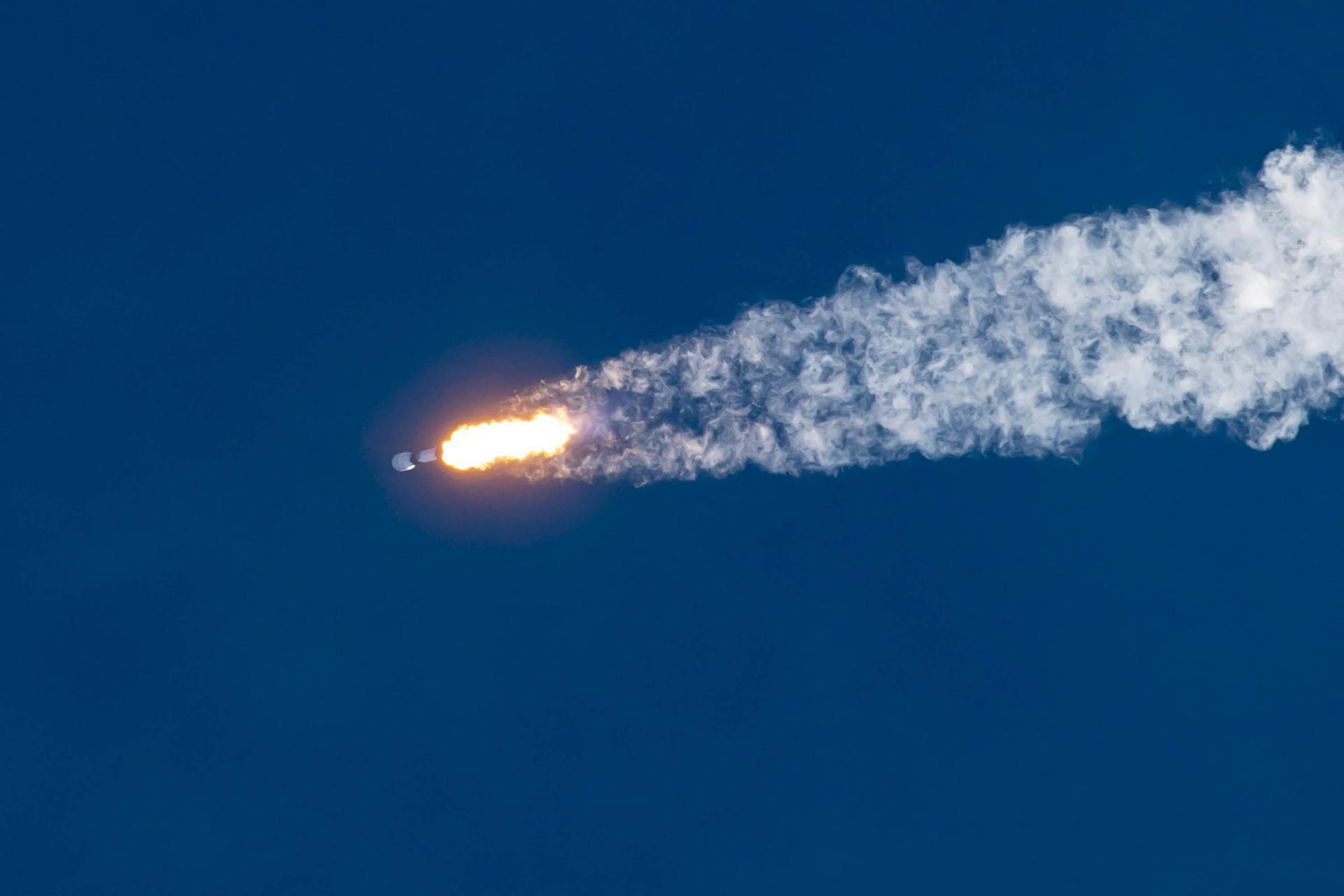 Первая ступень Falcon 9 в восьмой раз вернулась из космоса