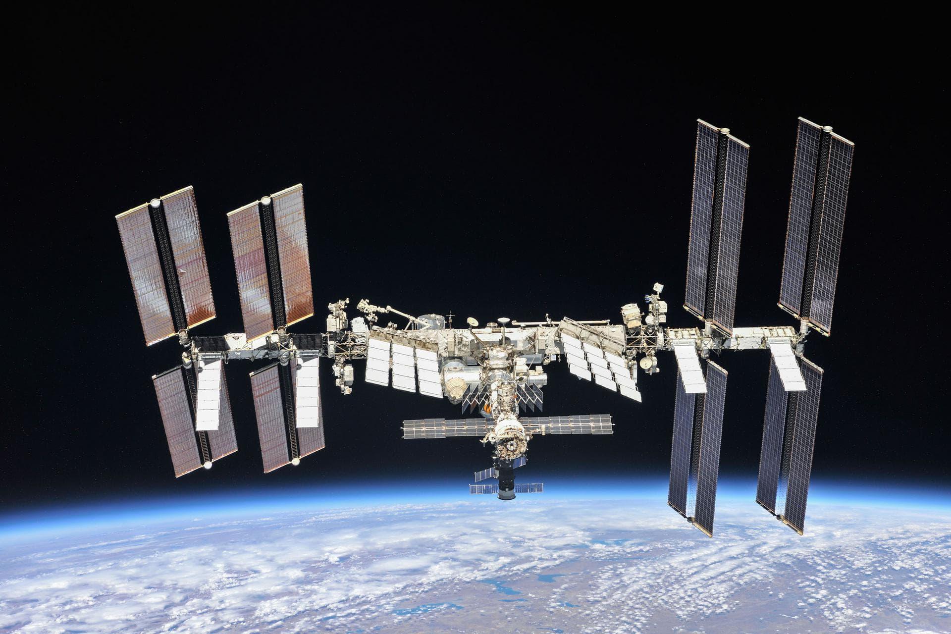 МКС получит новые солнечные батареи