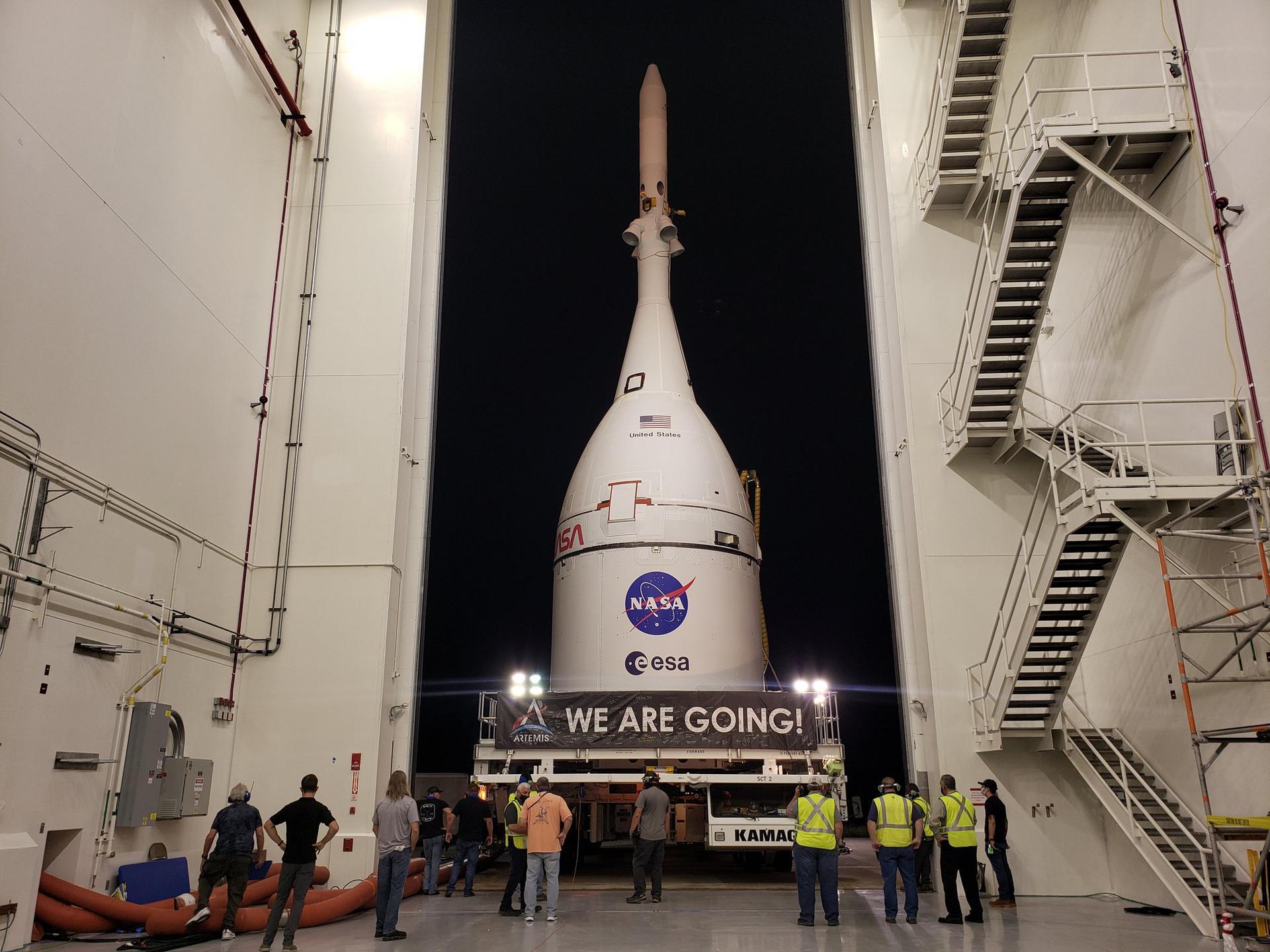 Orion доставили до Будівлі вертикального збирання